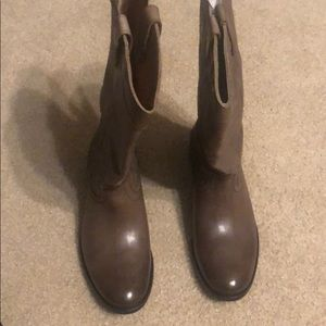Frye pull on boots dark taupe size 9